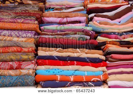 To The Fabric Market In The Medina Of Tunis - Tunisia