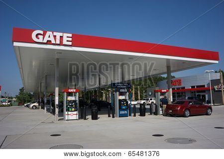 JACKSONVILLE, FL - MAY 22, 2014: A Gate Petroleum gas station in Jacksonville. Gate Petroleum is headquartered in Jacksonville and has over 225 gas stations in six states with over 2,200 employees.