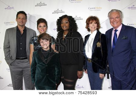 LOS ANGELES- NOV 4: Josh Hopkins, Bailee Madison, Max Charles, Candice Glover, Jill St.John, Robert Wagner at the