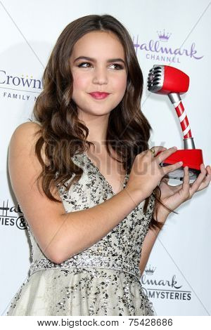 LOS ANGELES - NOV 4:  Bailee Madison at the Hallmark Channel's