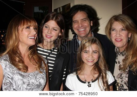 LOS ANGELES - NOV 4:  Jane Seymour, Keenan Kampa, Paris Abbott, Michael Damian, Janeen Best Damian at the