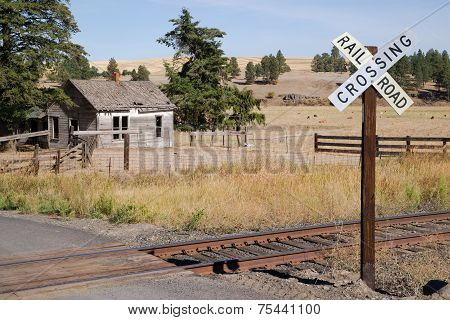 Railroad Crossing Sign Tracks Abandoned House Rural Ranch Farmland