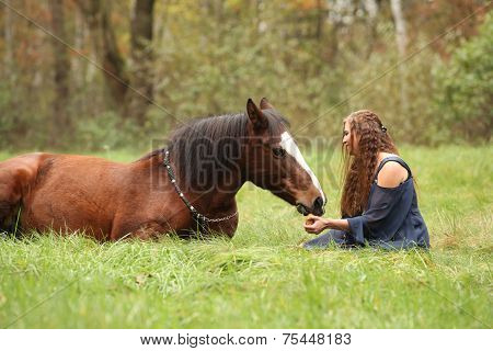 Amazing Couple Showing Natural Horsemanship