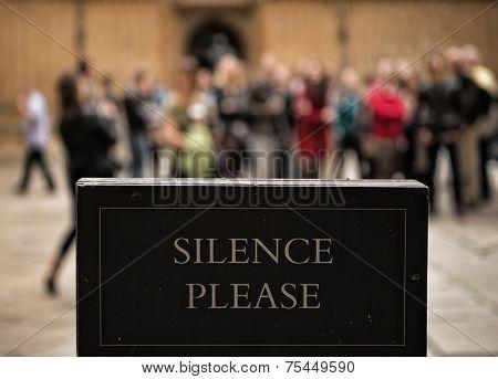 Silence Please - Museum Notice