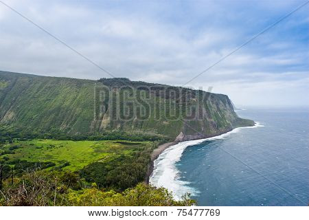 Beautiful Coast Line Of Pacific Ocean, Waipio Valley, Hawaii.