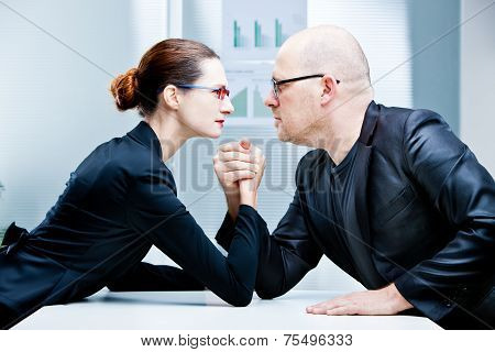 Arm Wrestling Woman Vs Man