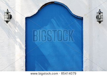 Old metal blue gateway