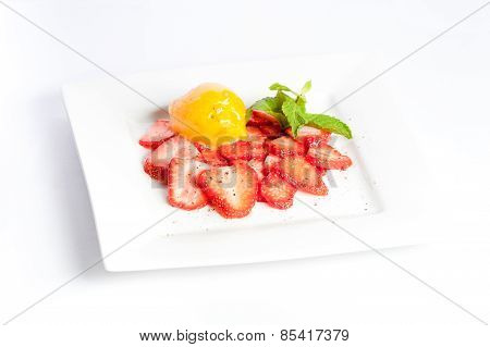 Vegetarian Assorted Fruit With Strawberry, Peach And Mint