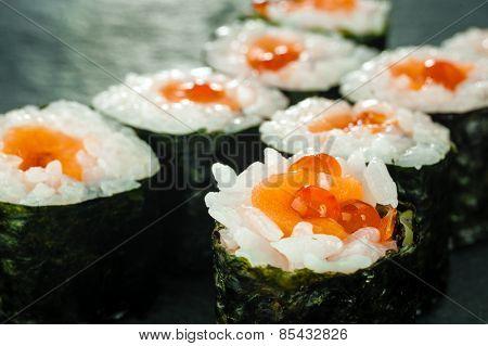 Salmon Roe Sushi Roll