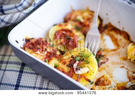 Baked Potato With Bacon And Cheese