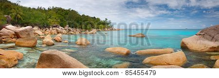 Landscape Panorama Seychelles lagoon
