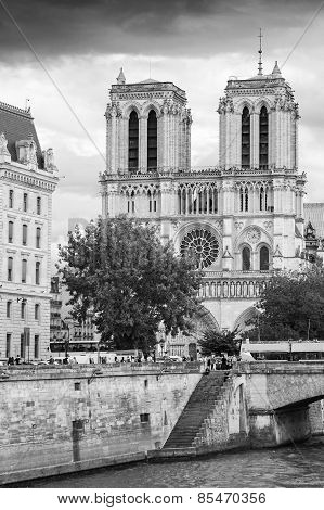 Notre Dame De Paris, The Most Popular City Landmark
