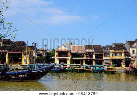 Hoai river in ancient Hoian town, Vietnam