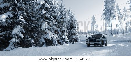 suv, car in snowy weather