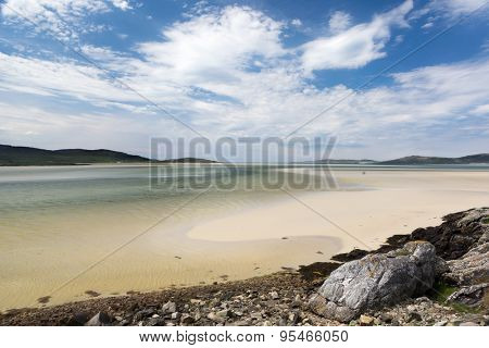 Green and turquoise colors at low tide on Luskentyre beach on the Isle of Harris, Outer Hebrides, Scotland