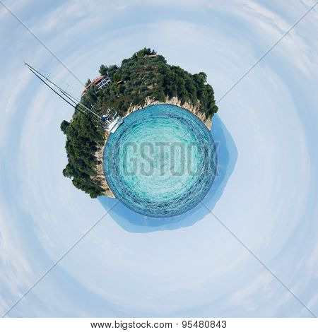 360 degree view of a private yacht near the beach