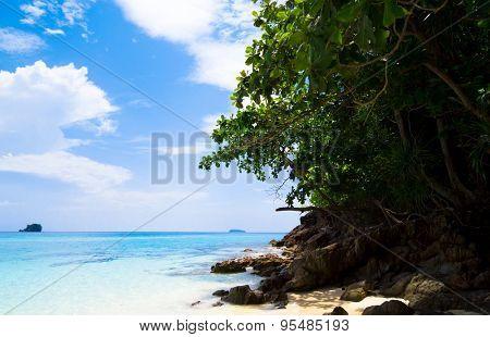 In Paradise Found Hideaway Scene