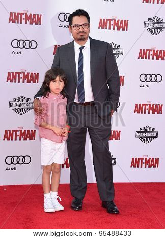 LOS ANGELES - JUN 29:  Michael Pena arrives to the