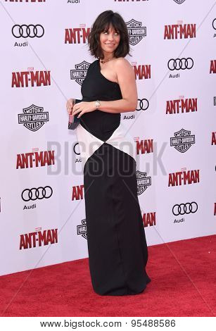 LOS ANGELES - JUN 29:  Evangeline Lilly arrives to the