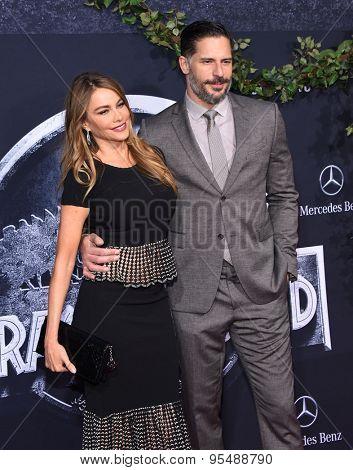 LOS ANGELES - JUN 09:  Sofia Vergara & Joe Manganiello arrives to the