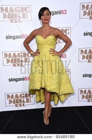 LOS ANGELES - JUN 25:  Jada Pinkett Smith arrives to the