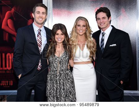 LOS ANGELES - JUL 07:  Ryan Shoos, Pfeifer Brown, Cassidy Gifford & Reese Mishler arrives to the