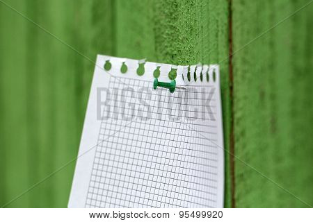 Memo Stick On Wooden Fence