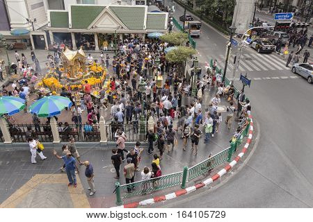 BANGKOKTHAILAND - DEC 31 : massive of Unidentified people in Erawan shrine at Ratchaprasong Junction while new year festival on december 31 2016 Thailand.
