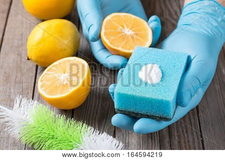 cleaning; natural; bicarbonate; eco; sodium; home; soda; house; baking; spring; lemon; products; salt; sponge; white; laundry; ingredients; detergent; green; kitchen; friendly; yourself; washing; powder; traditional; surface; toxic; reflective; cheap; eco