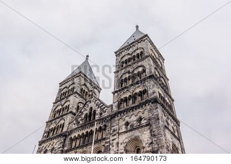 Twin towers of Lund cathedral. The towers to the west are called: