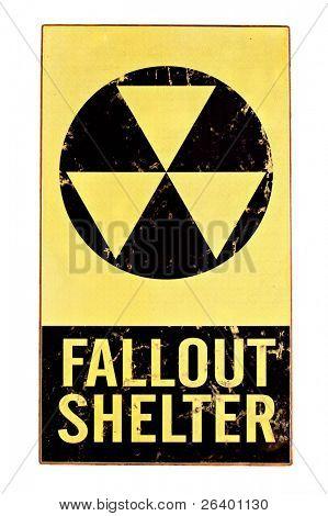 sinal de abrigo cinza nuclear atômica com símbolo de radiação isolado no branco