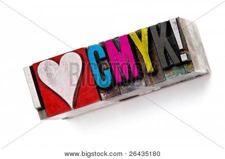 """die Phrase """"Ich liebe Cmyk"""" im Buchdruck Typ, engen Fokus Makro."""