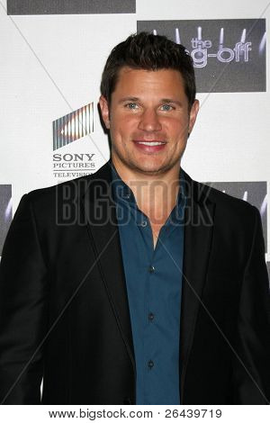 LOS ANGELES - NOV 28:  Nick Lachey arrives at the NBC's
