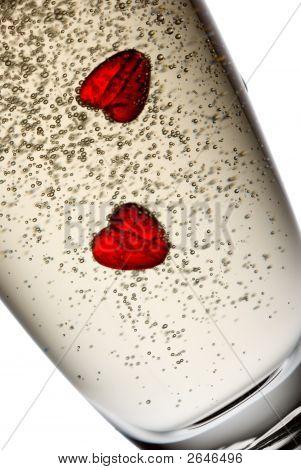Champagne_Hearts04