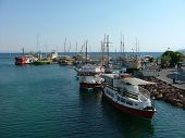 image of argo  - view of port with boats  - JPG