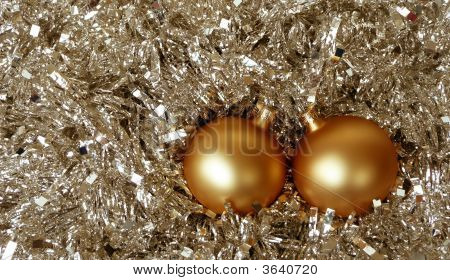 Gold Christmas Tree Balls In Tinsel