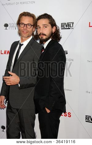 LOS ANGELES - AUG 22:  Guy Pearce, Shia LaBeouf arrives at the