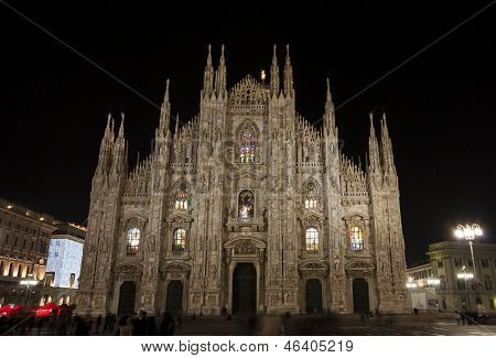 Duomo di Milano at night