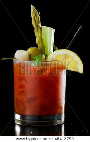 Bloody Mary Cokatil