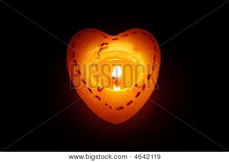 One Flaring Heart Candle
