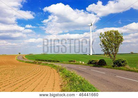 Windturbine in english countryside