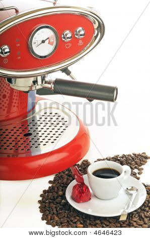 Very Tasteful Espresso With Coffee Maker