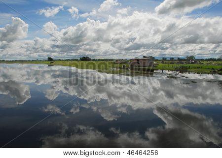 Céu espelhado