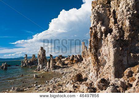 Tufa Formation in Mono Lake,California