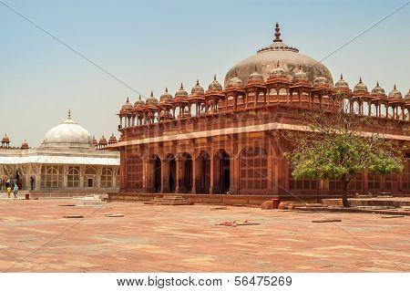 Courtyard Fatehpur Sikri Palace