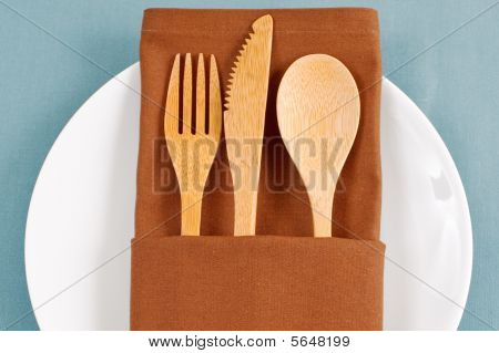 Bamboo Placesetting In Brown Napkin