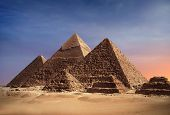 image of pharaoh  - Pyramids of Gizey  - JPG