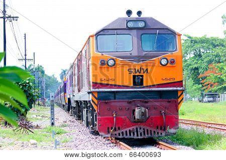 Ge Diesel locomotive no.4529