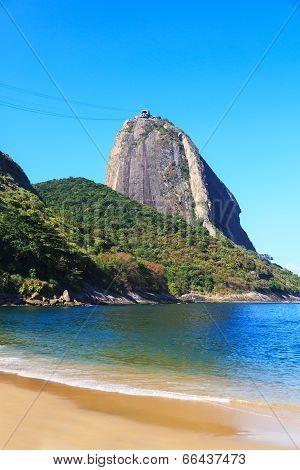 Sugarloaf Red Beach (praia Vermelha) Rio De Janeiro, Brazil