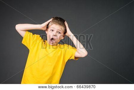 Child yelling. Panic.